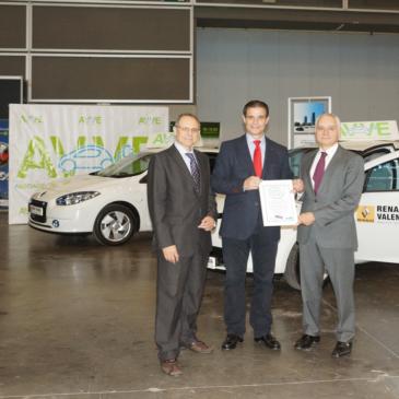 Renault Retail Group Levante obtiene el Sello Verde CO2zero, se lo entrega el Director General de Calidad Ambiental